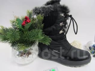 Распродажа мужской и женской обуви. Акция длится до 10 января