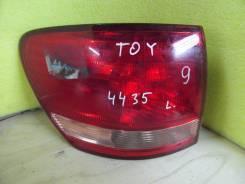 Стоп-сигнал. Toyota Ipsum
