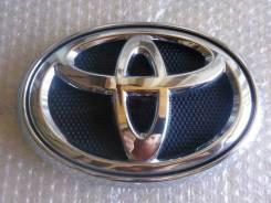 Эмблема решетки. Toyota Hilux