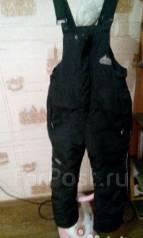 Штаны теплые на мальчикп 7-8 лет. Бу. Рост: 134-140 см