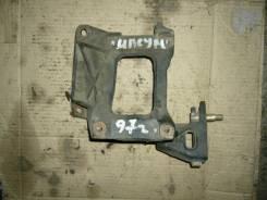 Крепление компрессора кондиционера. Toyota Ipsum, SXM10 Двигатель 3SFE