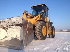 Shantui. Погрузчик SL 30 W, 7 100 куб. см., 3 000 кг.