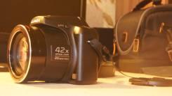 Хороший фотоаппарат Panasonic Lumix DMC-LZ40. 20 и более Мп, зум: 14х и более