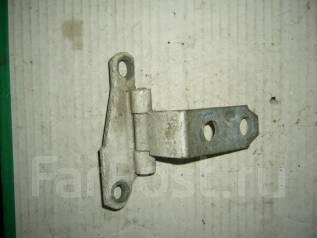 Крепление боковой двери. Toyota Camry, SV30 Двигатель 4SFE