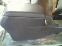 Подлокотник. Toyota Camry, ASV50, AVV50, GSV50