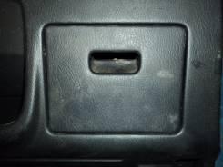 Крышка предохранителей Nissan Bluebird QU14