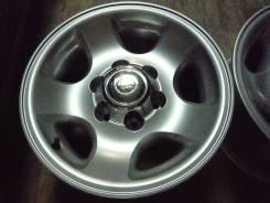 Toyota Land Cruiser. 8.0x16, 6x139.70, ET0, ЦО 106,0мм.