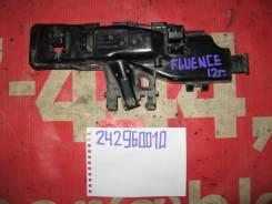 Блок предохранителей Renault Fluence L30R 242960010R