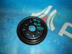 Шкив помпы Nissan Bluebird QU14