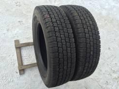 Toyo M934. Зимние, без шипов, 2013 год, износ: 10%, 2 шт