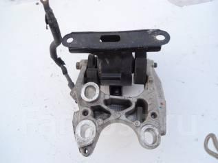Подушка коробки передач. Honda: Jazz, Mobilio Spike, Mobilio, Fit, City Двигатели: L13A6, L13A5, L15A1, L13A2, L13A1, L15A2, REFD67, REFD56, REGD53