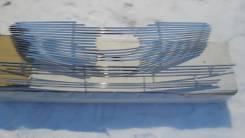 Молдинг решетки радиатора. Kia Sorento