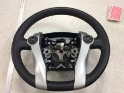 Переключатель на рулевом колесе. Toyota Prius, ZVW30