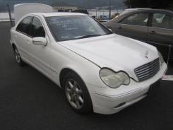 Стекло лобовое. Mercedes-Benz C-Class, W203