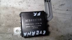 Кнопка управления дверями. Mitsubishi Eterna, E35A, E57A, E39A, E52A, E64A, E77A, E33A, E72A, E54A, E53A, E74A, E84A Mitsubishi Emeraude, E57A, E84A...