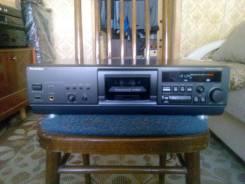 Продам топовую кассетную деку Technics RS-AZ7