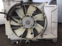 Радиатор охлаждения двигателя. Toyota Vitz
