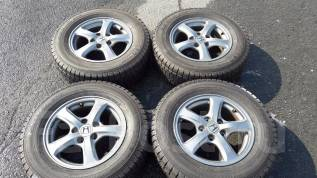 Отличные колеса на Honda R16, практически новая зимняя резина. 6.0x15 5x114.30 ET45 ЦО 73,0мм.