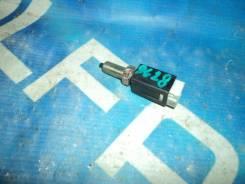 Лягушка педали тормоза Nissan Bluebird QU14