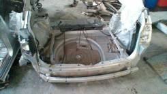 Задняя часть автомобиля. Toyota Harrier