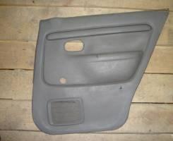 Обшивка двери. Mazda Ford Festiva Mini Wagon, DW5WF, DW3WF Mazda Demio, DW3W, DW5W