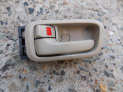 Ручка двери внутренняя. Toyota Vista Ardeo, SV55