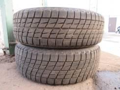 Bridgestone Ice Partner. Зимние, без шипов, 2013 год, износ: 20%, 2 шт