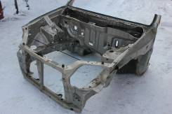 Передняя часть автомобиля. Honda CR-V, RD1