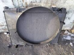 Радиатор охлаждения двигателя. Nissan Elgrand Двигатель QD32ETI