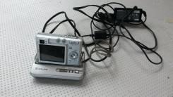 Casio Exilim EX-N10. 4 - 4.9 Мп, зум: 3х