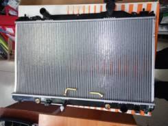 Радиатор охлаждения двигателя. Toyota Sprinter
