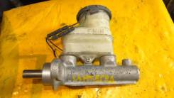 Цилиндр главный тормозной. Honda Integra