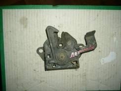 Замок капота. Mazda Demio, DW3W Двигатель B3E