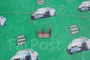 Дворник двери багажника. Toyota Allion, ZZT240, ZZT245, NZT240, AZT240 Toyota Premio, ZZT240, ZZT245, NZT240, AZT240