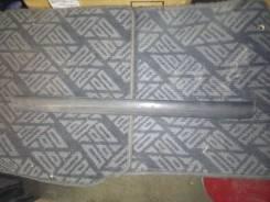 Накладка на боковую дверь. Toyota Cresta, GX100