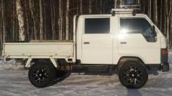 Toyota Hiace. Дизель 4 WD а отличном состоянии, 2 400 куб. см., 1 250 кг.