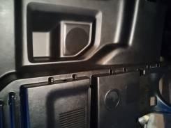 Полка багажника. Toyota Noah, ZRR70, ZRR75