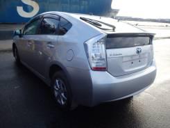 Стекло боковое. Toyota Prius, ZVW30