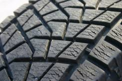Bridgestone Blizzak DM-Z3. Зимние, без шипов, 2006 год, износ: 10%, 2 шт