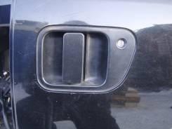 Ручка двери внешняя. Mitsubishi Delica Space Gear, PD4W, PF8W, PD6W, PF6W, PD8W, PA4W, PB5W, PA5W, PB6W, PE8W Mitsubishi Delica, PA4W, PA5W, PB5W, PB6...