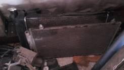 Радиатор охлаждения двигателя. Toyota Corolla Двигатель 1ZZFE