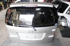 Дверь багажника. Toyota Corolla Spacio, NZE121