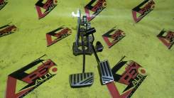Накладка на педаль. Toyota Mark II, GX90, JZX100, GX100, LX90, JZX90, LX100, SX90 Toyota Chaser, GX100, SX90, LX90, LX100, GX90, JZX100, SX100, JZX90