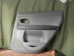 Обшивка двери. Mazda Demio, DY3W