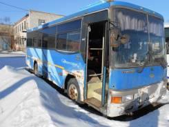 Kia Cosmos. Автобус, 7 728 куб. см., 33 места