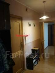 2-комнатная, улица Адмирала Кузнецова 88. 64, 71 микрорайоны, агентство, 52 кв.м. Прихожая