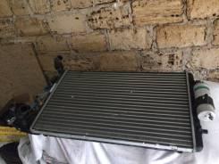 Радиатор охлаждения двигателя. Volkswagen Bora Volkswagen Touareg