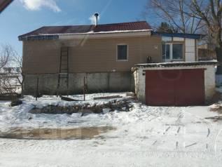 Продам дом. Ливадия леонова 17, р-н Находкинкинский, площадь дома 80 кв.м., скважина, электричество 25 кВт, отопление твердотопливное, от частного ли...