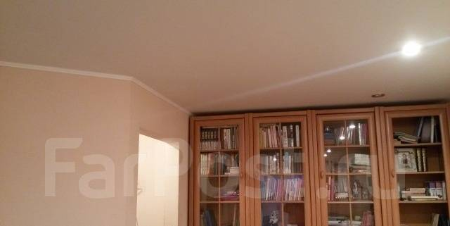 2-комнатная, проспект Мира 14. ЦО, агентство, 50 кв.м.