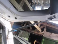 Амортизатор крышки багажника. Toyota Kluger V, ACU20W